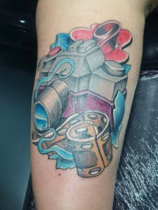 Cartoon achtige camera tattoo in de old school stijl