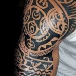 Moari tattoo genezen door Dutchink