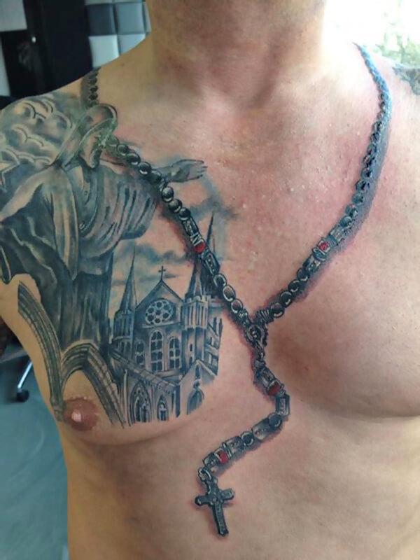 Tatoeages en tieten