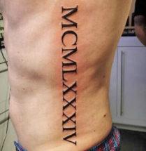 tattoo met romeins jaartal