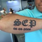 Naam tattoo op onderarm