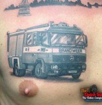 Brandweer auto op borst