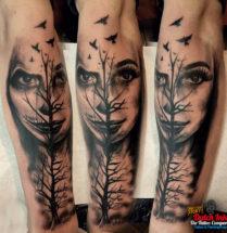 Chicano gezicht en boom op onderarm