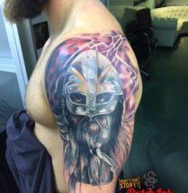 Warrior op bovenarm
