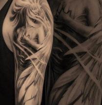 Angel op bovenarm