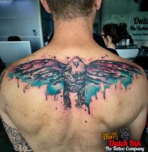 Vogel op rug